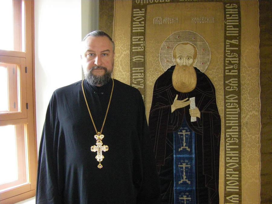 Награждение наместника Рождество — Богородичного мужского монастыря игумена Александра (Арва)