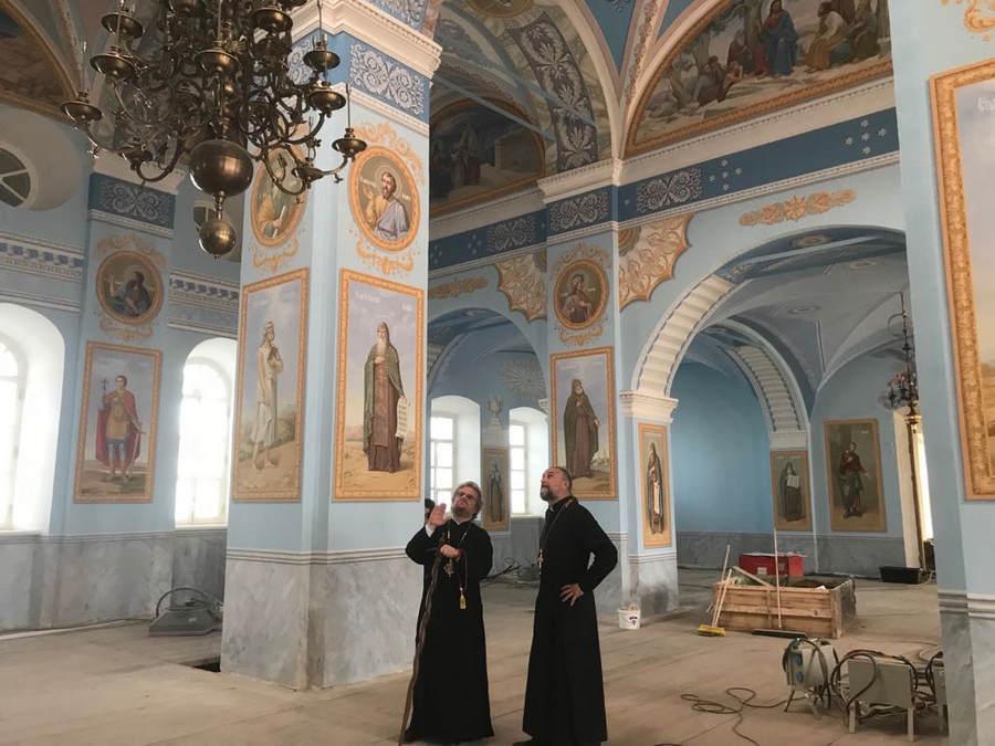 Епископ Выборгский и Приозерский Игнатий прибыл на Коневец, где осмотрел ход ремонтно-реставрационных работ