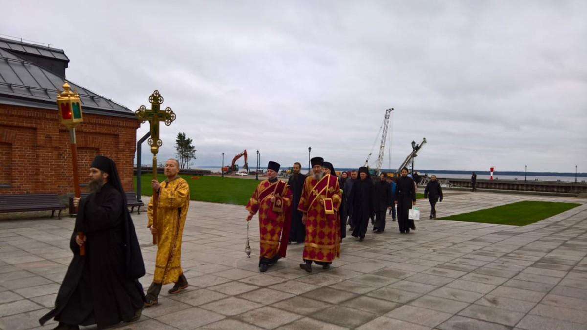 Мощи преподобного Арсения Коневского вернулись в островную обитель