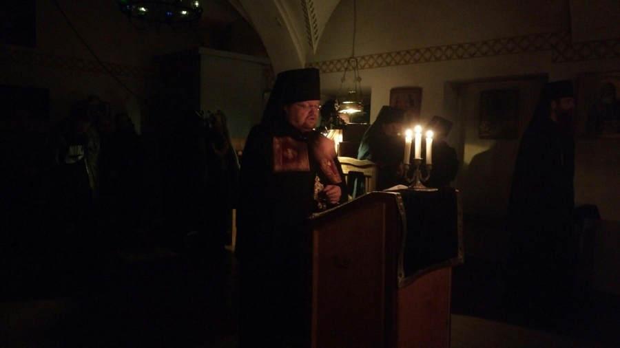 Преосвященнейший Игнатий совершил богослужение «Мариина стояния» в Коневской обители