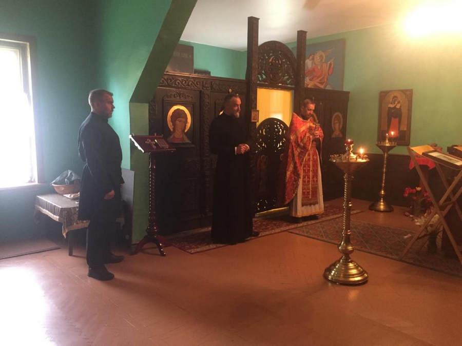 Божественная литургия совершена в храме Всех Коневских святых бухты Владимирская, на подворье Коневской обители