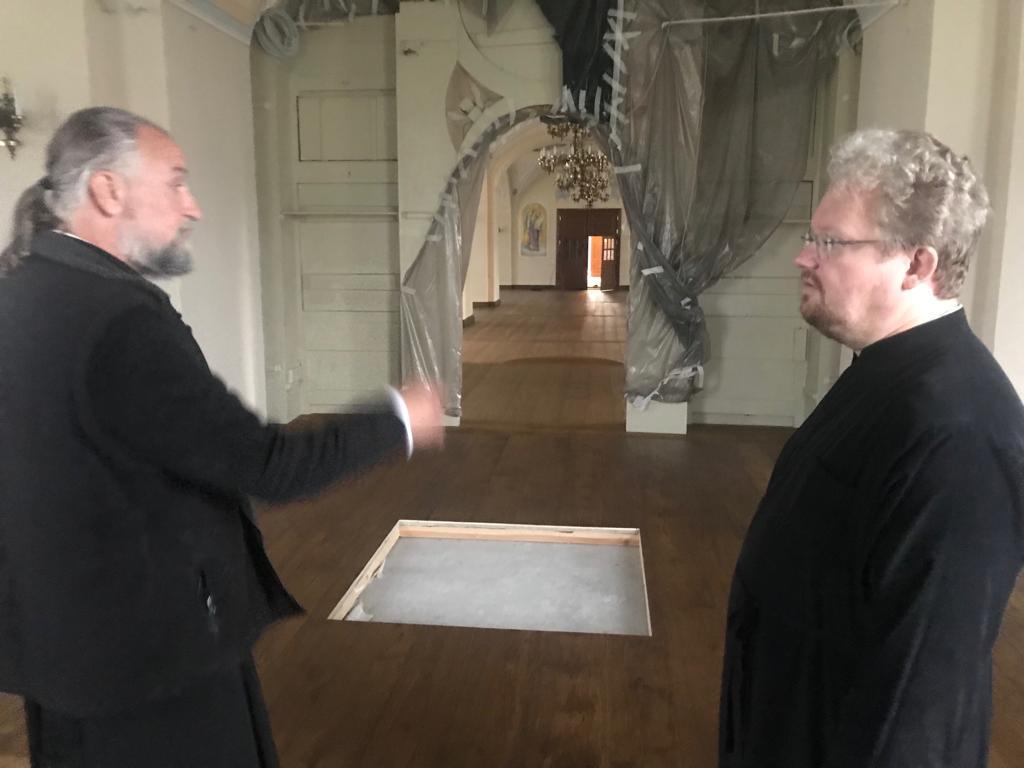Начался рабочий визит епископа Выборгского и Приозерского Игнатия на Коневец