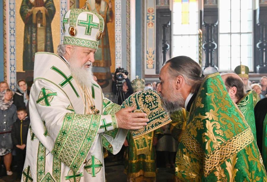 Указом Святейшего Патриарха Кирилла за усердное служение Святой Церкви игумен Александр (Арва) возведен в сан архимандрита