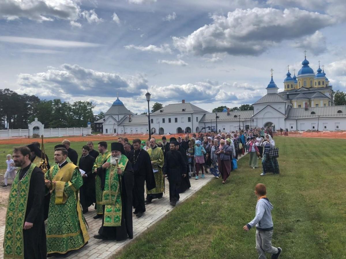 Программа празднования дня памяти Коневской иконы Божией Матери