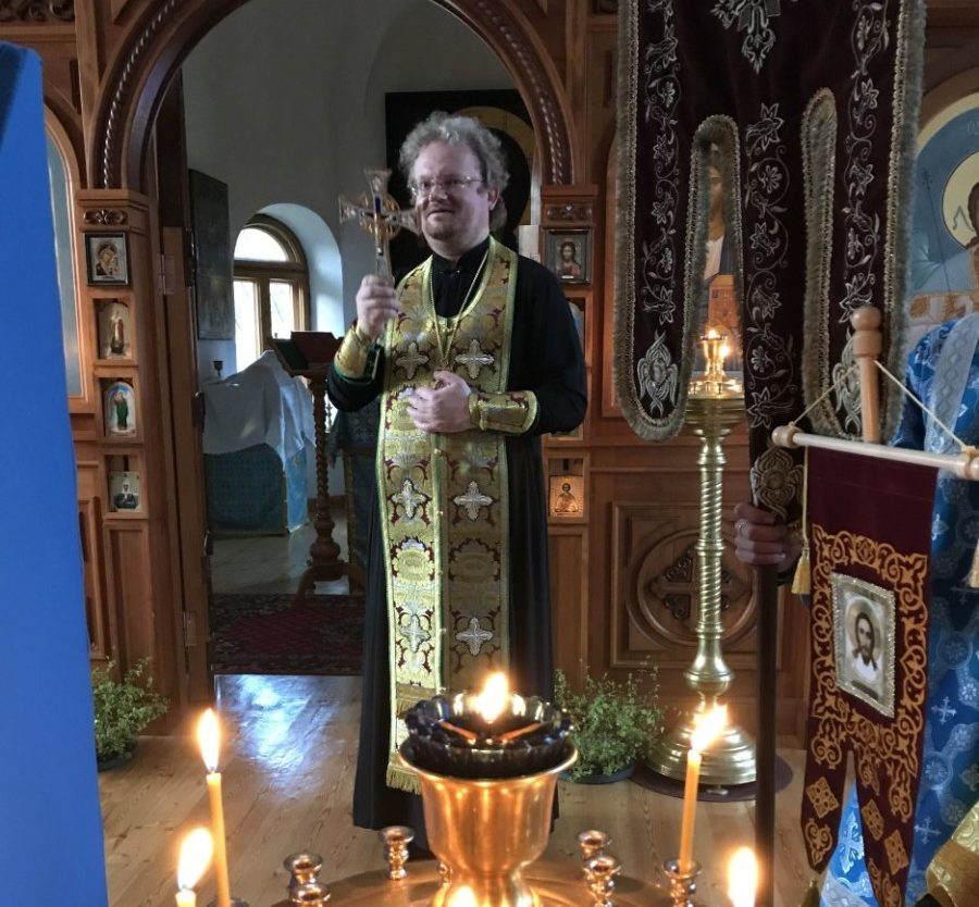 Епископ Выборгский и Приозерский Игнатий открыл Детский лагерь «Коневец» и встретился с представителями «РОСНЕФТИ» в Коневской обители