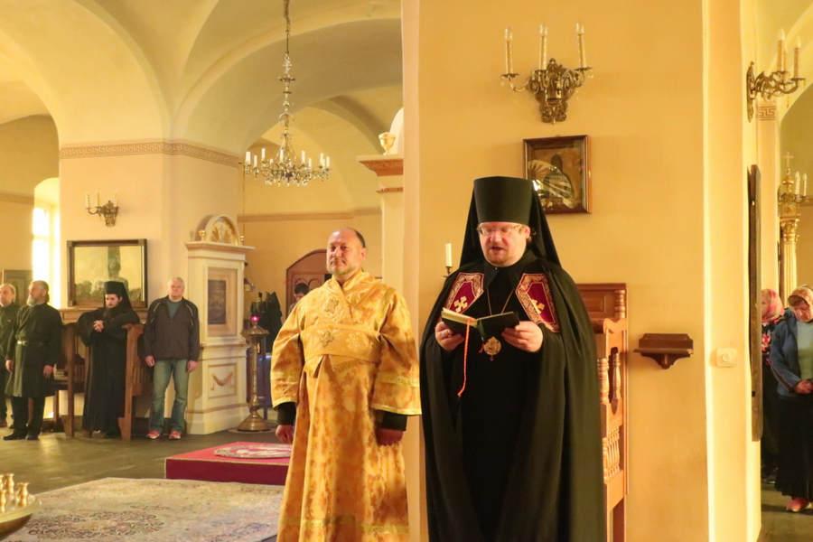 Состоялся очередной архипастырский визит епископа Выборгского и Приозерского Игнатия в Коневский Рождество-Богородичный монастырь.
