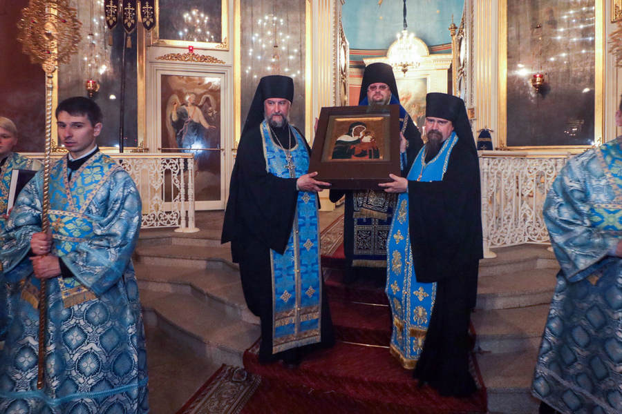 Чудотворная икона Коневской Божией Матери прибыла в Выборг, открыв юбилейные торжества епархии