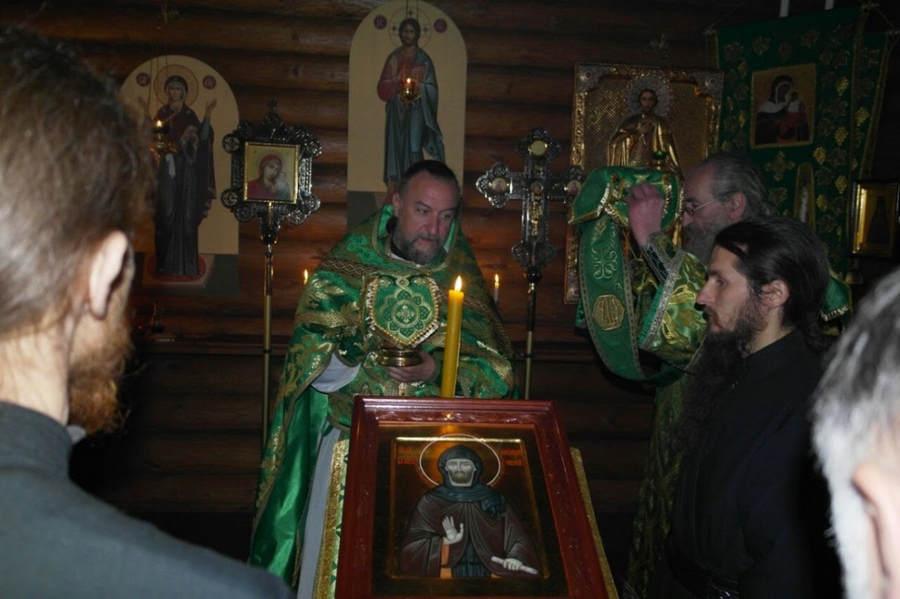 В день памяти Александра Невского на Коневце совершена Литургия в Александровской часовне