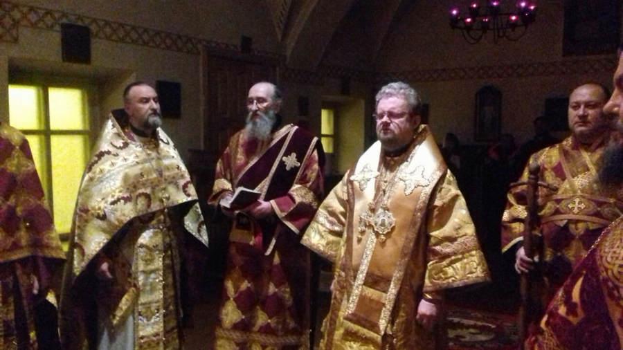 В Неделю 25-ю по Пятидесятнице, память святителя Иоанна Златоустого, епископ Выборгский и Приозерский Игнатий посетил Коневец, совершив Божественную литургию в соборе обители