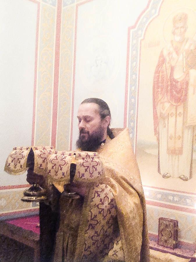 Литургия дня памяти святителя Николая Чудотворца на Коневце впервые после реставрации совершена в Никольской часовне