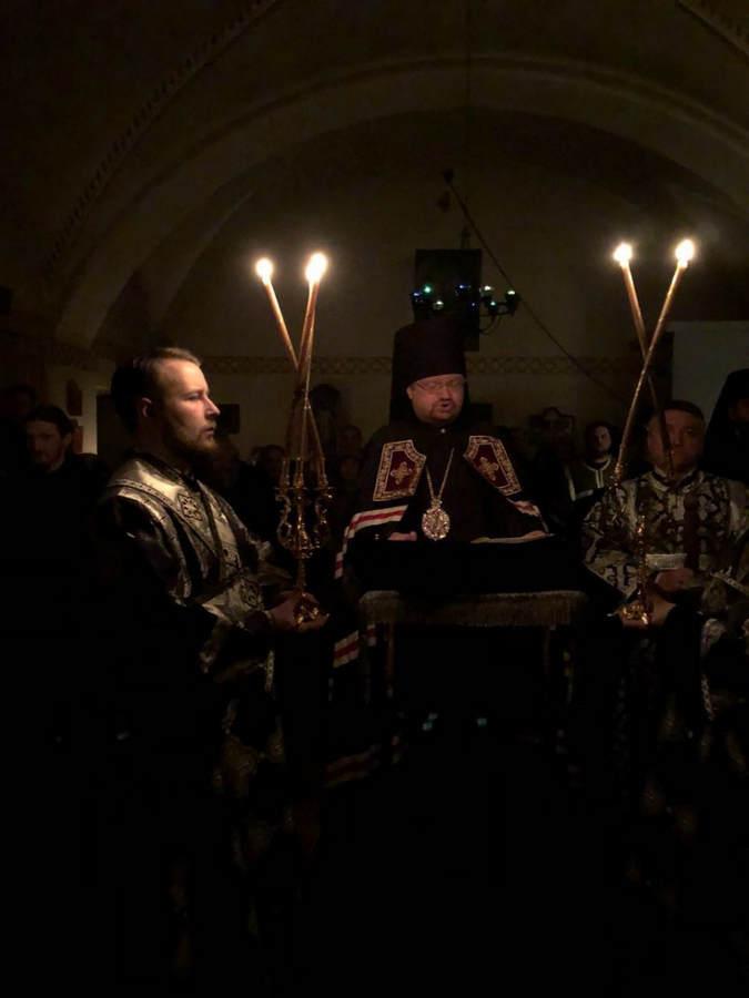 Епископ Выборгский и Приозерский Игнатий совершил чтение Великого канона в четверг первой седмицы Великого поста в Коневской обители
