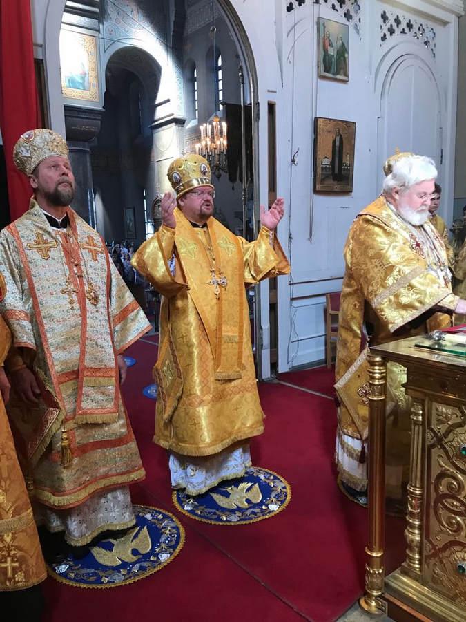Наместник Коневской обители молился за Литургией, совершенной Преосвященнейшим Игнатием и архиепископом Карельским и Финляндским Львом в Хельсинки