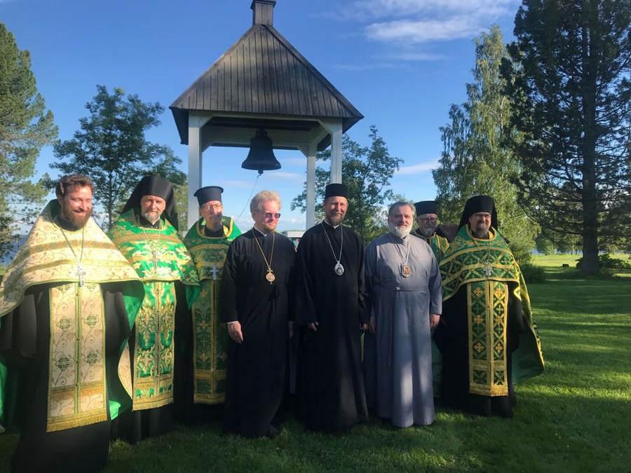 В ходе первого дня торжеств 625-летия Коневского монастыря, проводимых в Финляндии, Преосвященнейший Игнатий принял участие в ряде богослужений