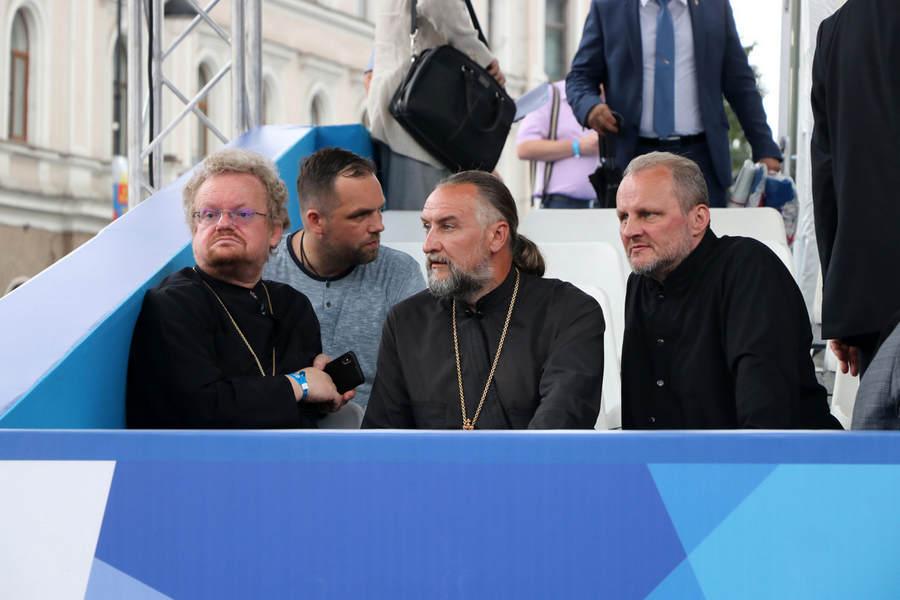 Наместник Коневского монастыря игумен Александр (Арва) сопровождал Преосвященнейшего Игнатия на праздновании Дней Ленинградской области