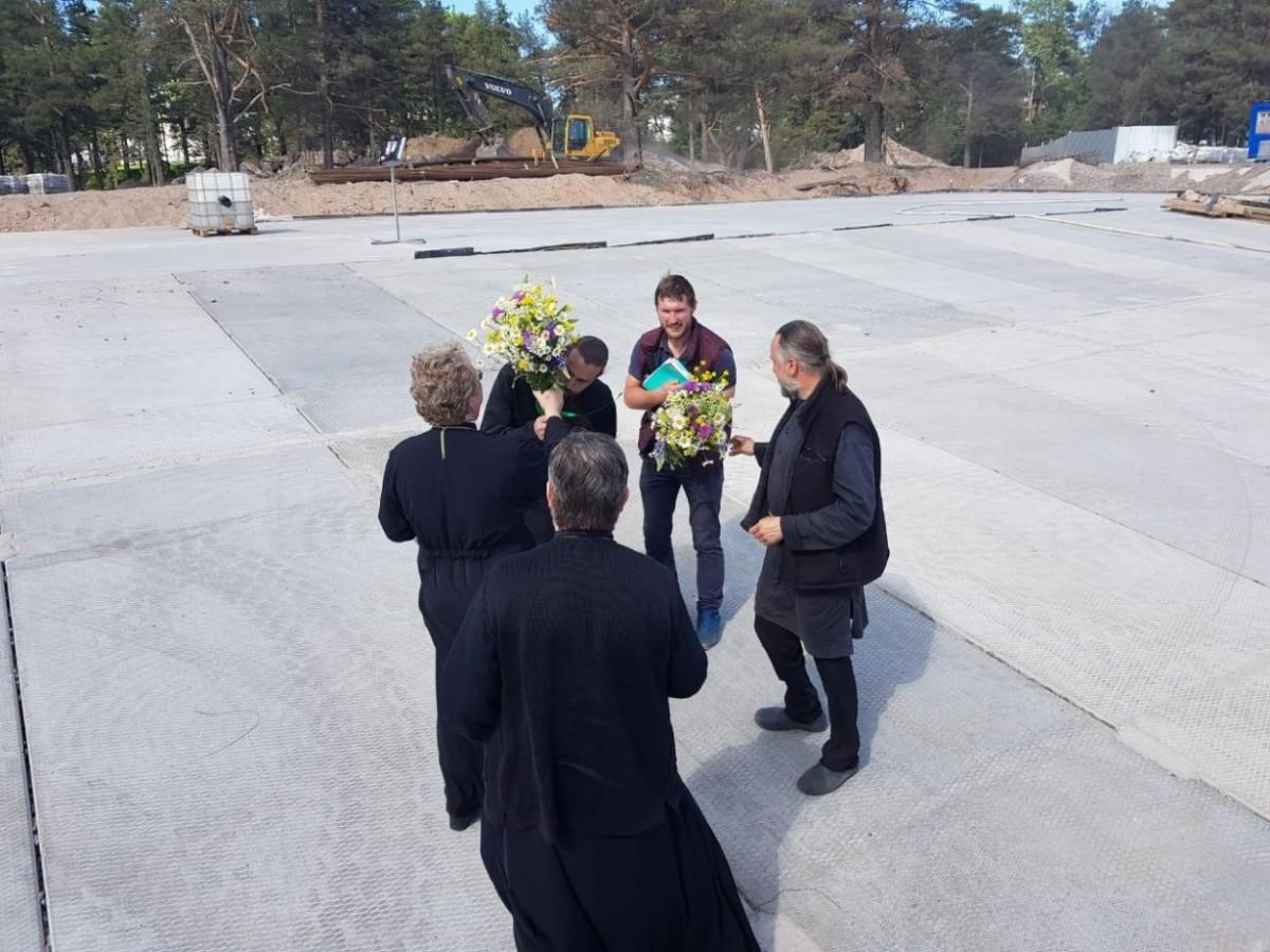 Преосвященнейший Игнатий и Преосвященнейший Мелетий прибыли в Коневский монастырь
