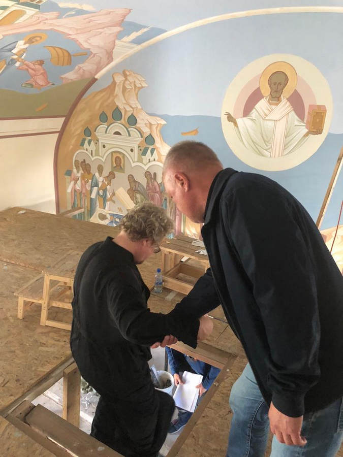 Преосвященнейший Игнатий посетил подворье Коневской обители во Владимирской бухте и совершил Всенощное бдение в монастыре