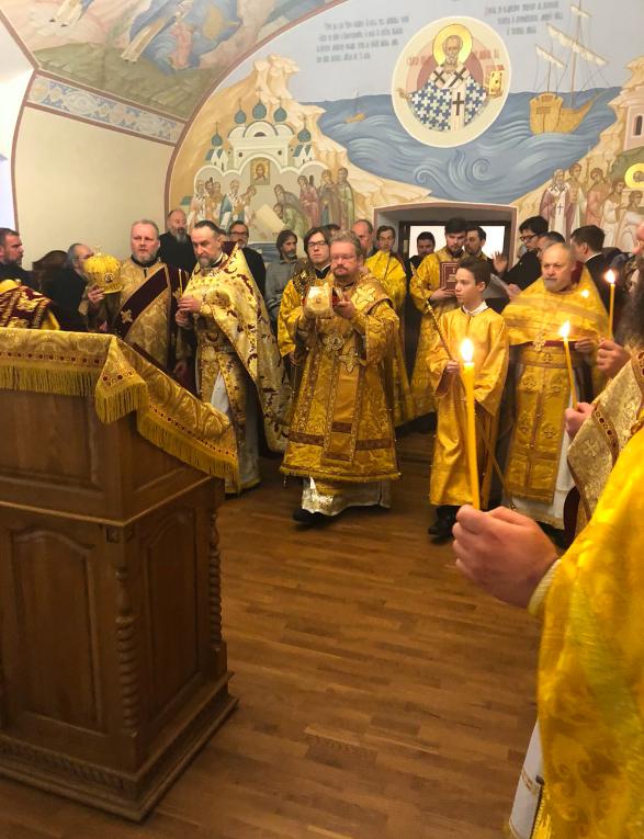 Преосвященнейший Игнатий освятил Великим чином Никольский храм Коневского монастыря
