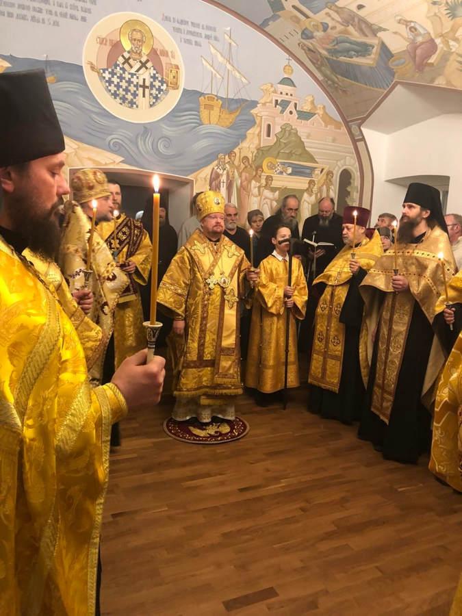 Епископ Выборгский и Приозерский Игнатий совершил Всенощное бдение в Никольском храме Коневской обители