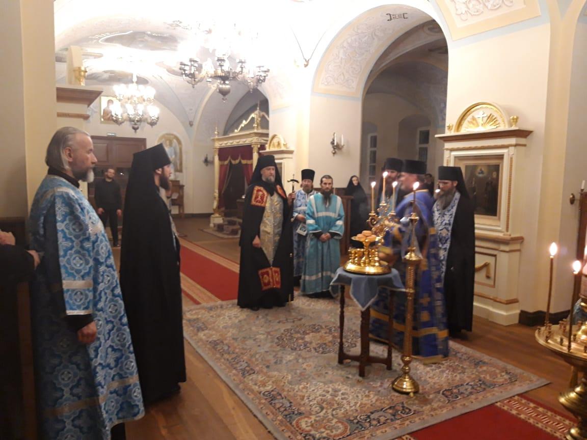 Богослужения праздника Благовещения Пресвятой Богородицы совершены в Коневской обители