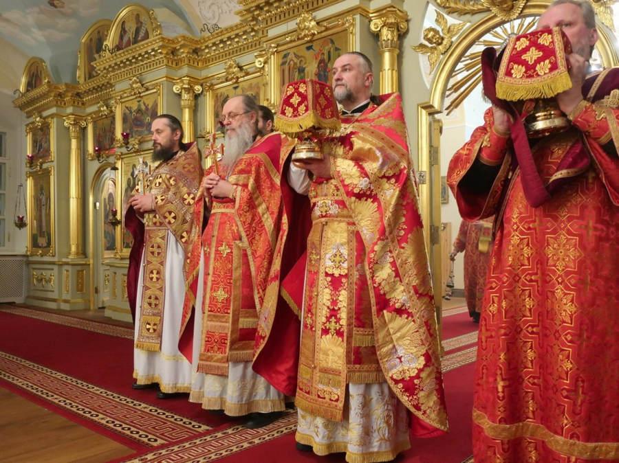 Светлое Христово Воскресение  встретили в Коневском монастыре