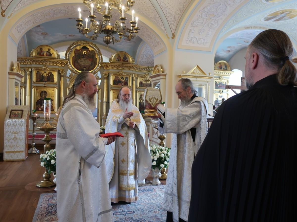 Богослужения Благословенной Субботы совершены в Коневской обители