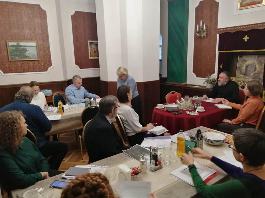 Наместник Коневского монастыря провел годовое отчетное собрание по работе обители