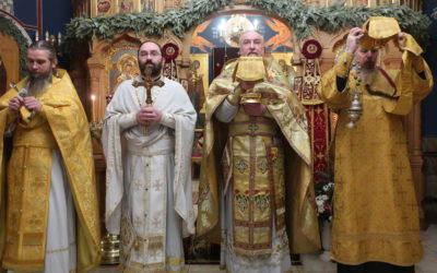 В день памяти Собора новомучеников и исповедников Российских Божественную литургию на петербургском подворье Коневского монастыря обители возглавил наместник обители