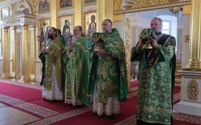 В Коневской обители совершены богослужения праздника Входа Господня в Иерусалим