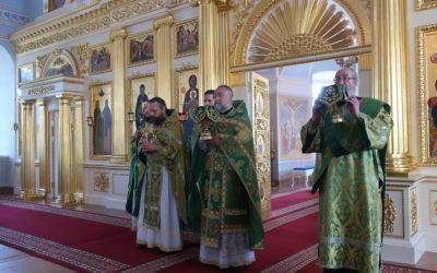 Богослужения дня Святой Троицы совершены в Коневской обители