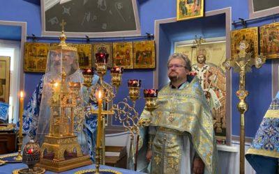 Епископ Выборгский и Приозерский Игнатий совершил крестный ход и Литургию в Казанском скиту Коневской обители